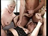 Gruppenfick mit spermageilen Damen